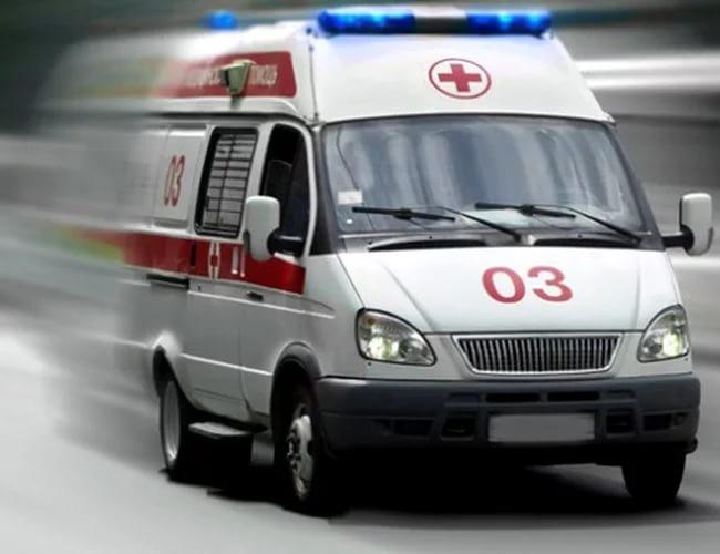 Трёхлетний ребенок, оставленный один вквартире, выпал сбалкона вЛенобласти