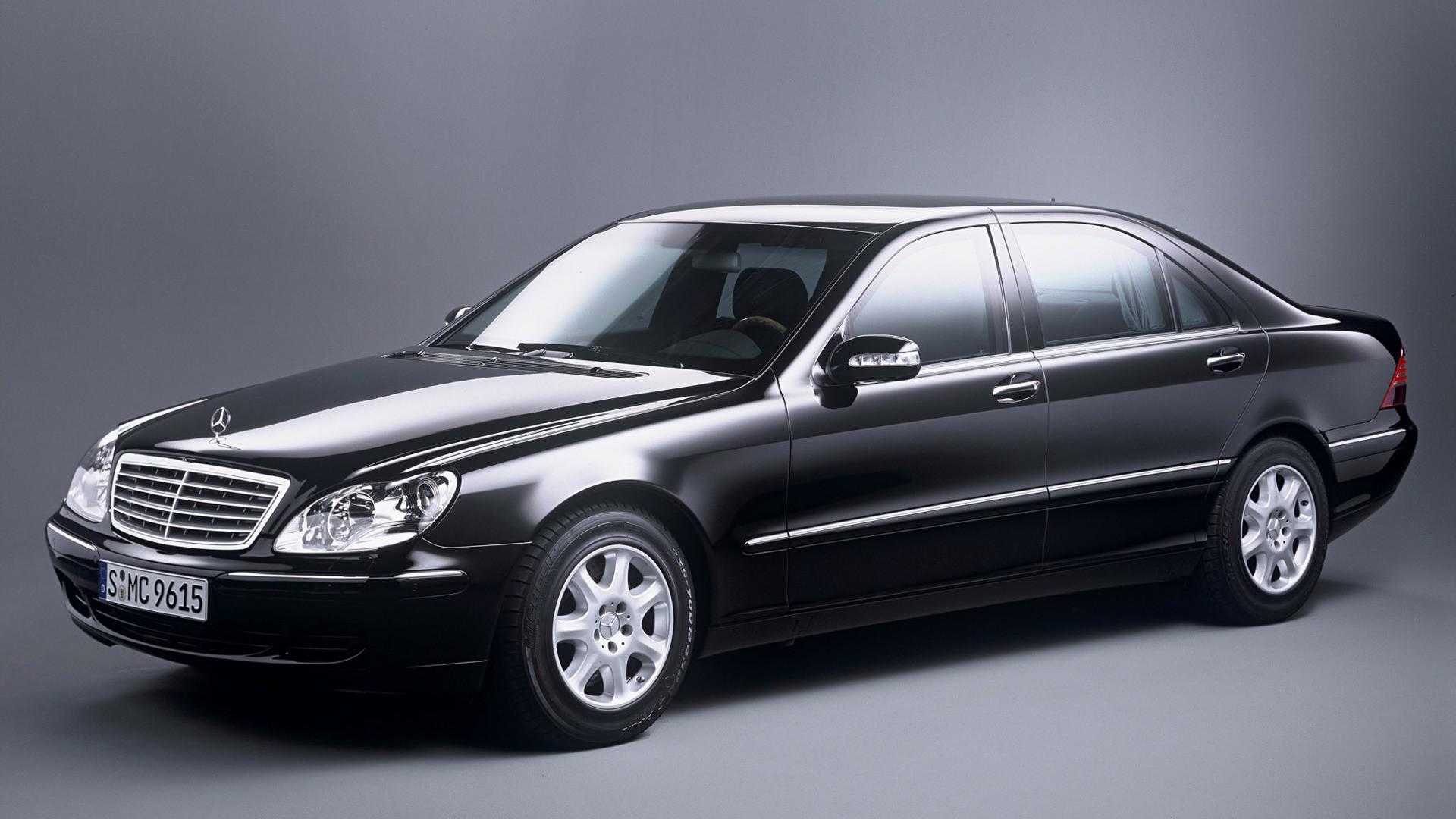Автомобили марки Мерседес-Бенс стали наиболее популярными у жителей столицы навторичном рынке