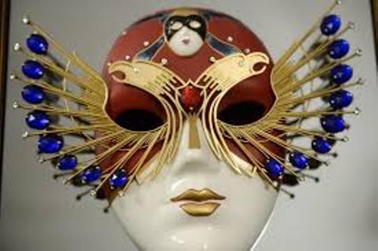 Спектакли Золотой маски покажут в 60 городах РФ