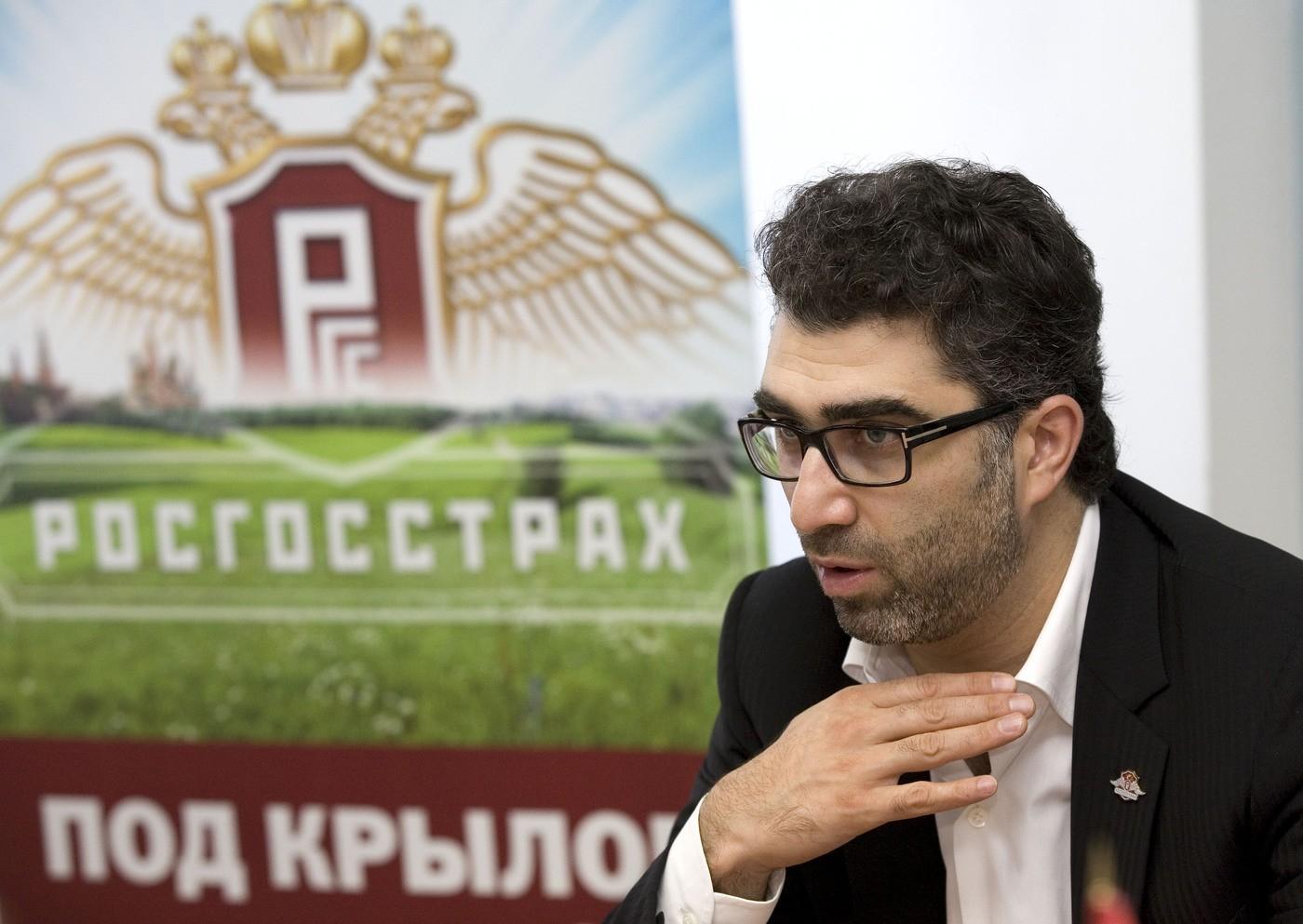 Президент «Росгосстраха» Хачатуров объявил освоем уходе