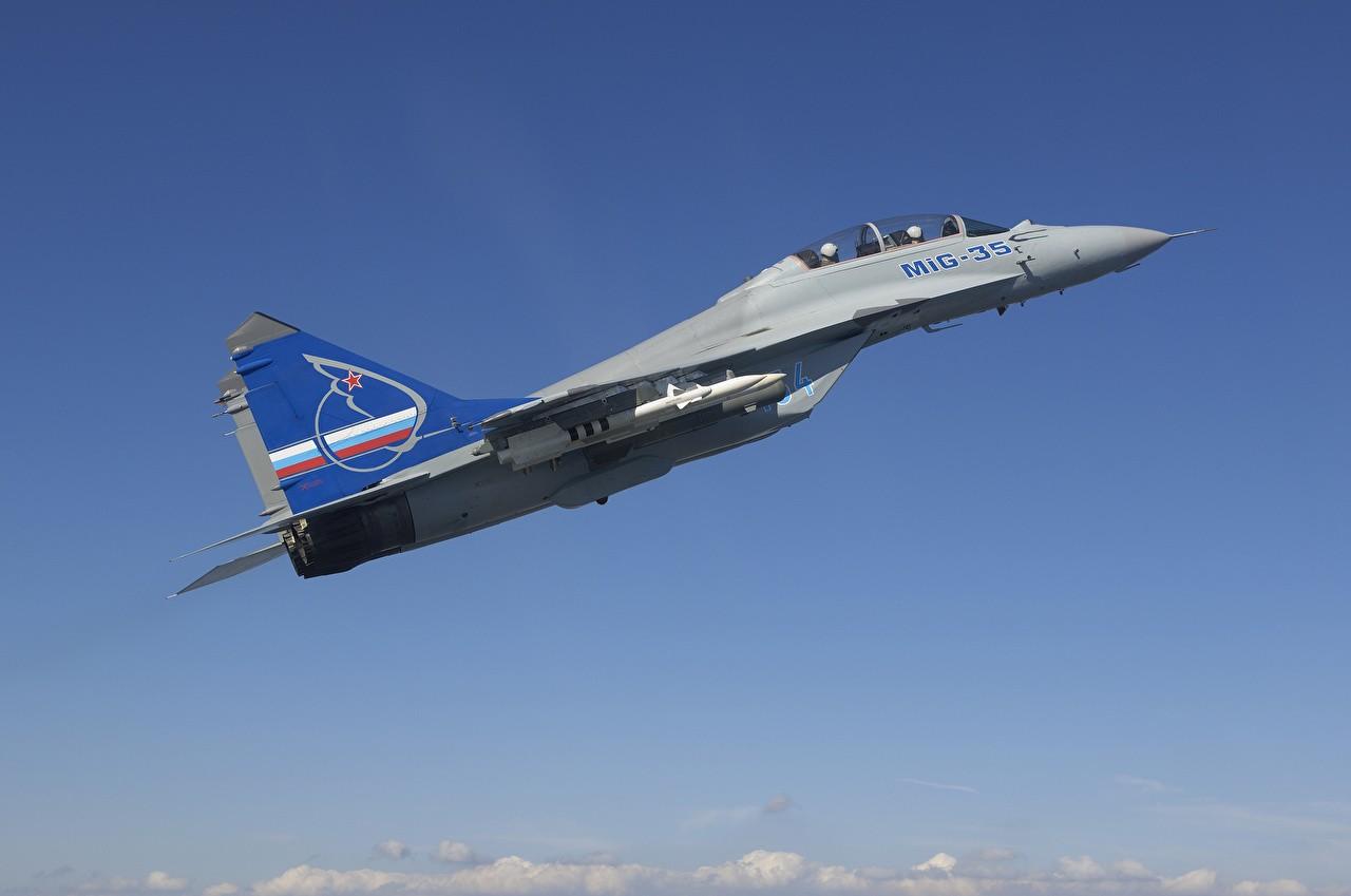 Появилось видео демонстрации Путину возможностей новейших МиГ-35