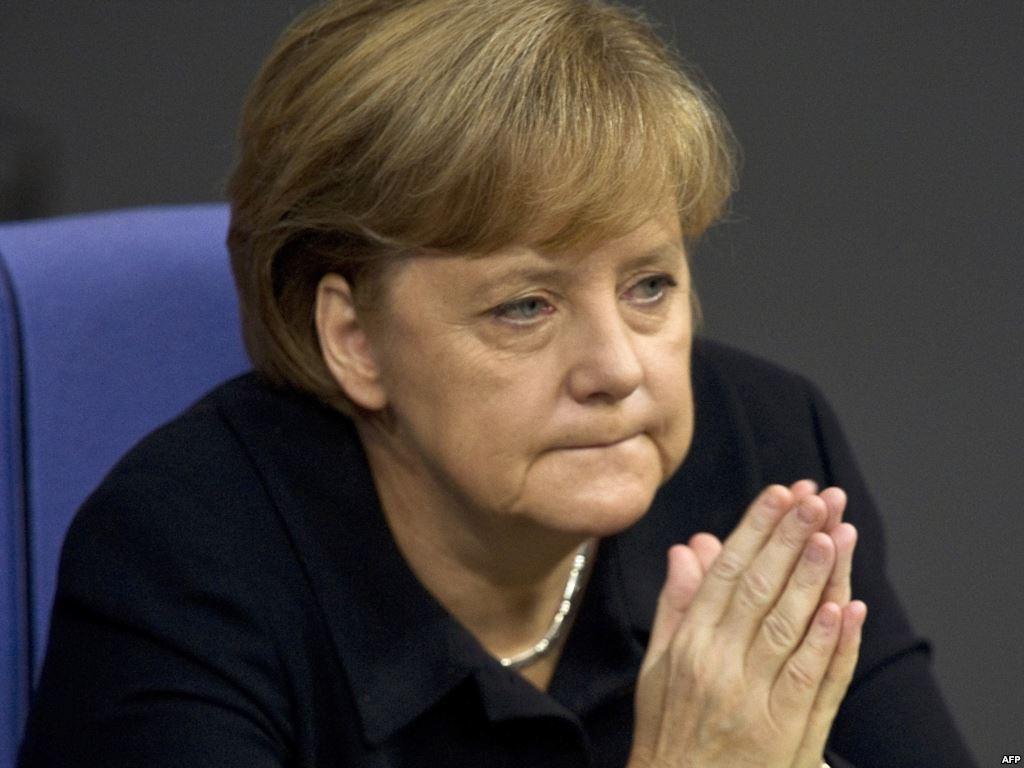 Меркель назвала указ Трампа противоречащим принципу международной помощи беженцам