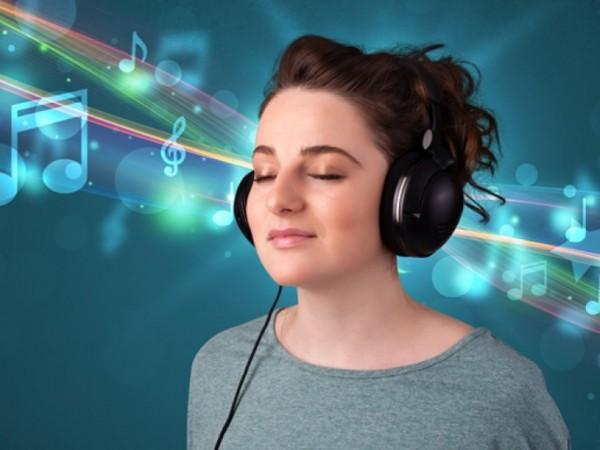 Ученые: При прослушивании музыки мозг настроен на определенные ритмы