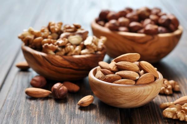 Ученые рассказали, как предотвратить развитие аллергии на арахис у детей