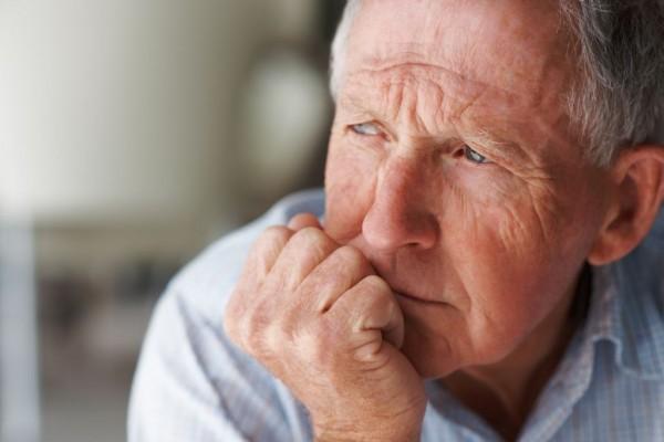 Ученые: С возрастом люди лучше запоминают лица