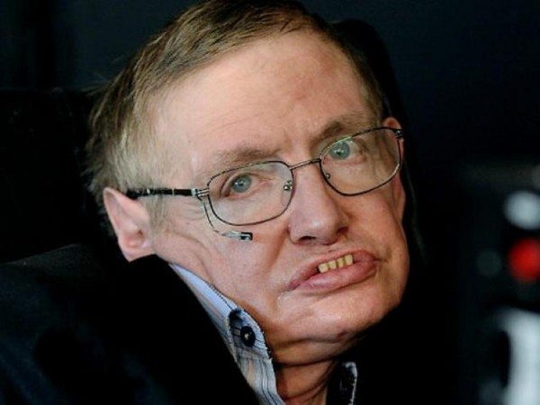 Ученые раскрыли секрет долгожительства парализованного Стивена Хокинга