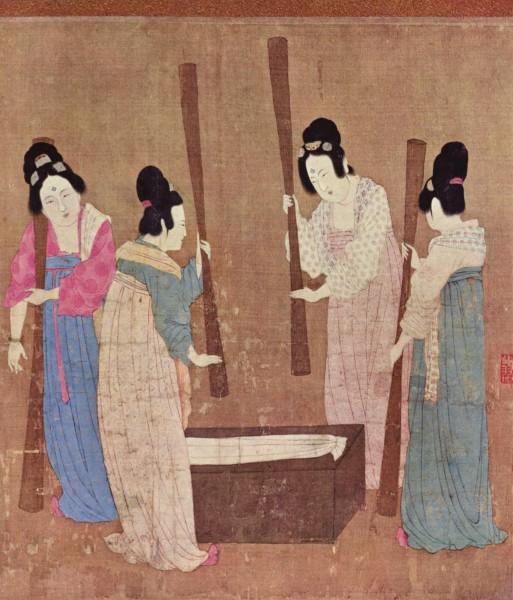 Стало известно, когда в Китае появился первый шелк