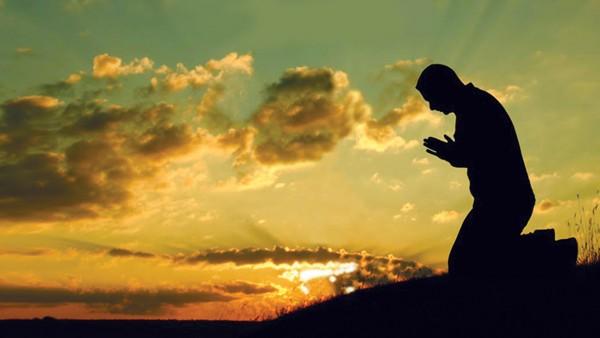 Ученые: Вера в божество способствовала становлению общества