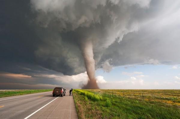 Стало известно, что происходит внутри торнадо