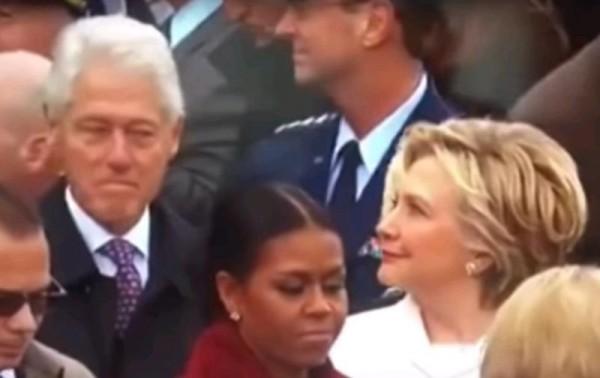 «Сверлящая» мужа взглядом Хиллари Клинтон стала популярна в соцсетях