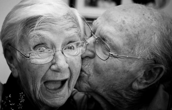 Сексологи: 70-летние дамы все чаще думают о сексе