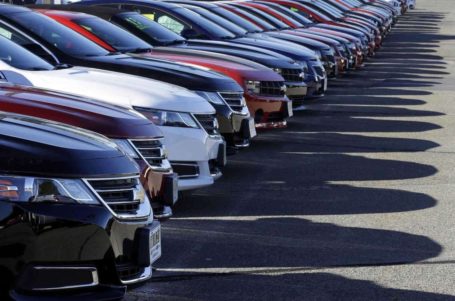 Американский рынок автомобилей ксередине зимы снизился на2%