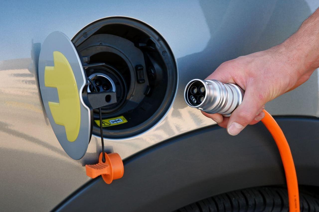 Вгосударстве Украина будут работать 270 бесплатных заправок для электромобилей