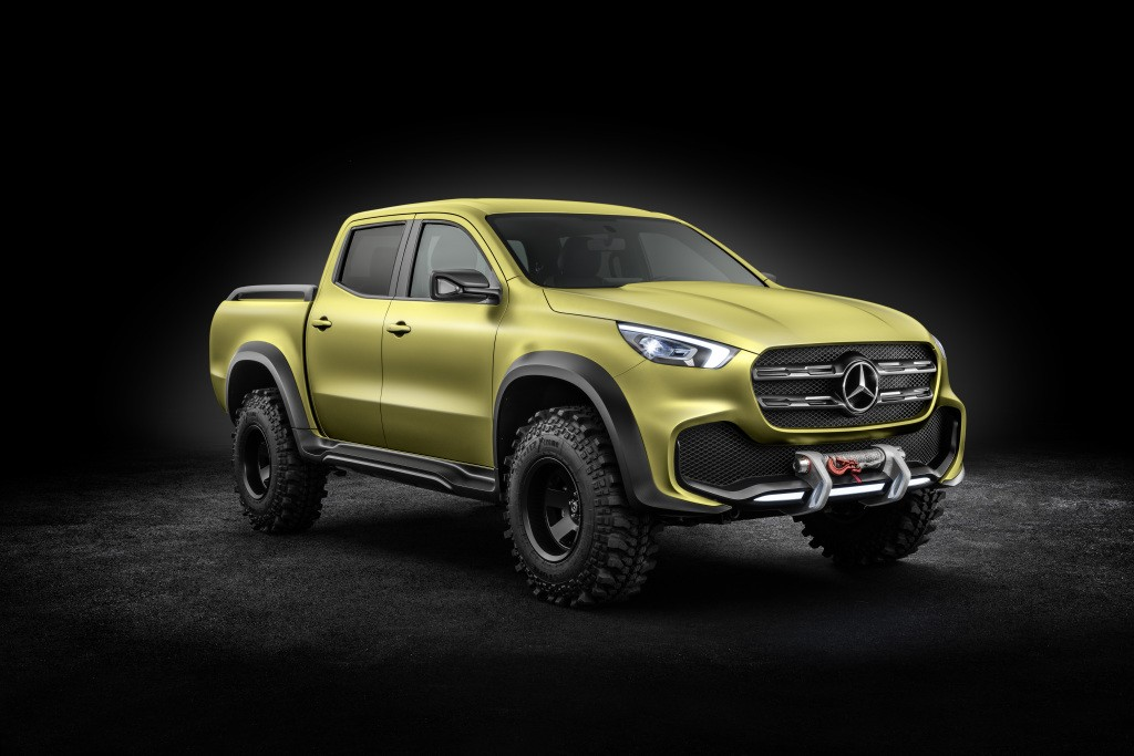Benz начал прием заказов нановый пикап X-Class