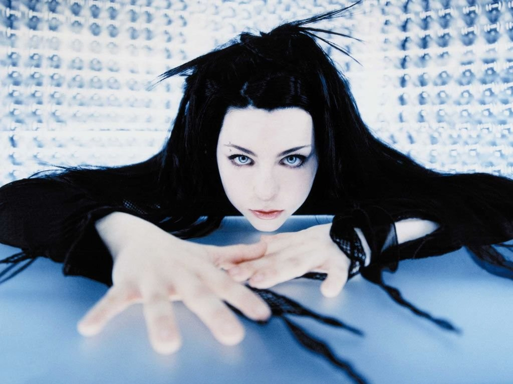 В Москве выступит американская рок-группа Evanescence