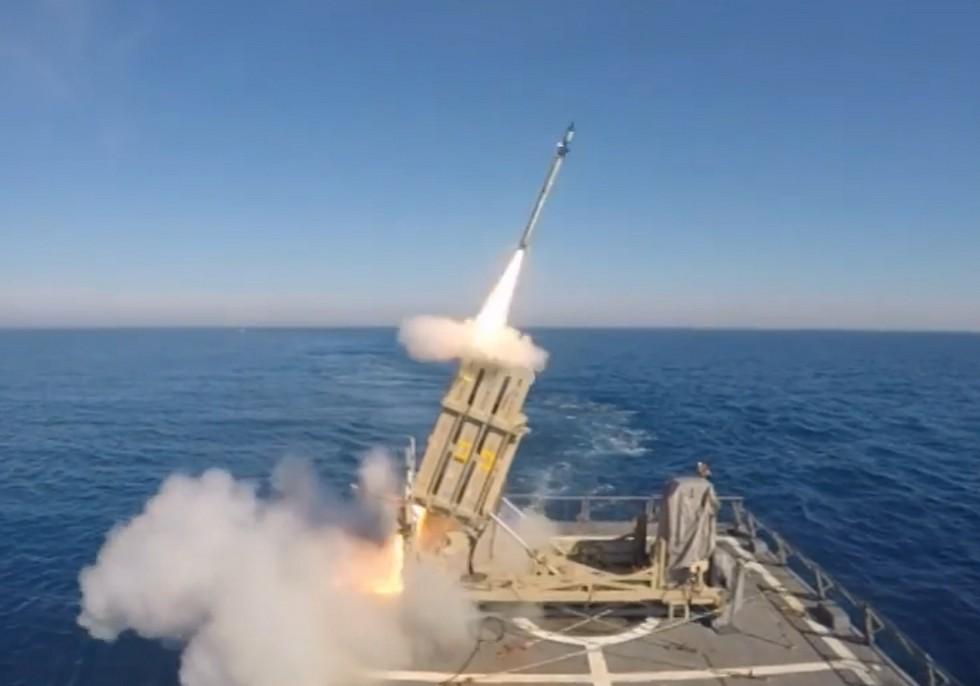 Япония иСША провели общие тестирования ракеты-перехватчика вТихом океане