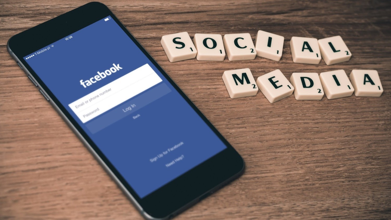 Социальная сеть Facebook снова обновил метод новостной ленты