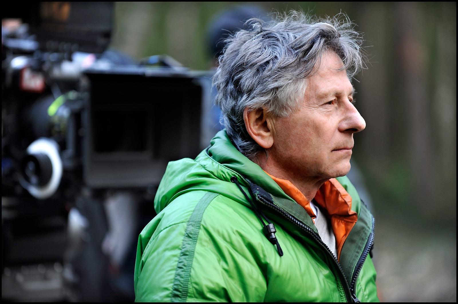 Церемония награждения французской кинопремией «Сезар» пройдет в2015г. без ведущего