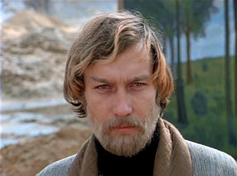 Заключительная любовь Олега Янковского самостоятельно растит его сына