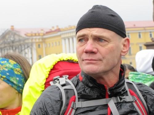 Житель Санкт Петербурга обошел Землю за 676 дней
