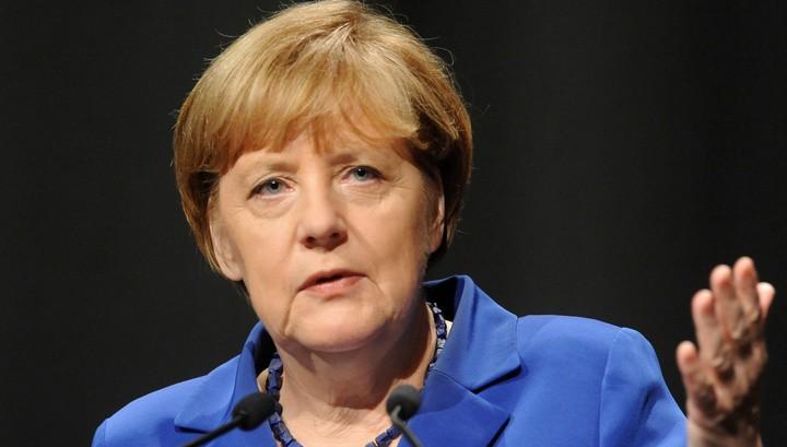 Меркель стала кандидатом напост канцлера ФРГ сразу от 2-х партий