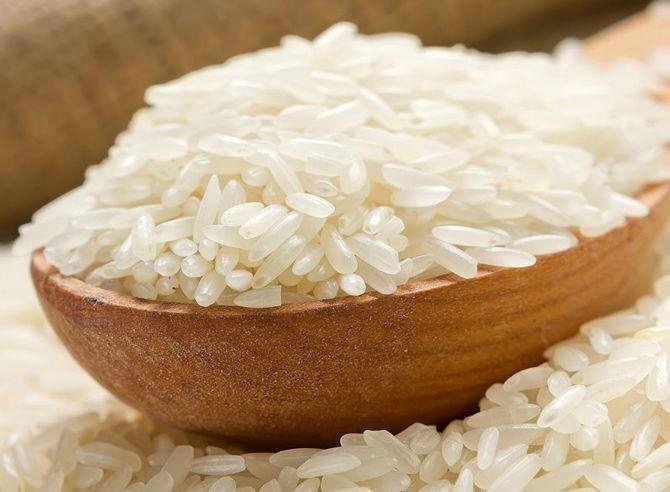 Недостаточное количество воды при варке риса может привести котравлению мышьяком