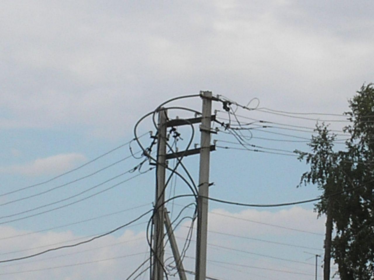 ВКрыму 21 населённый пункт остался без света из-за мощного ветра