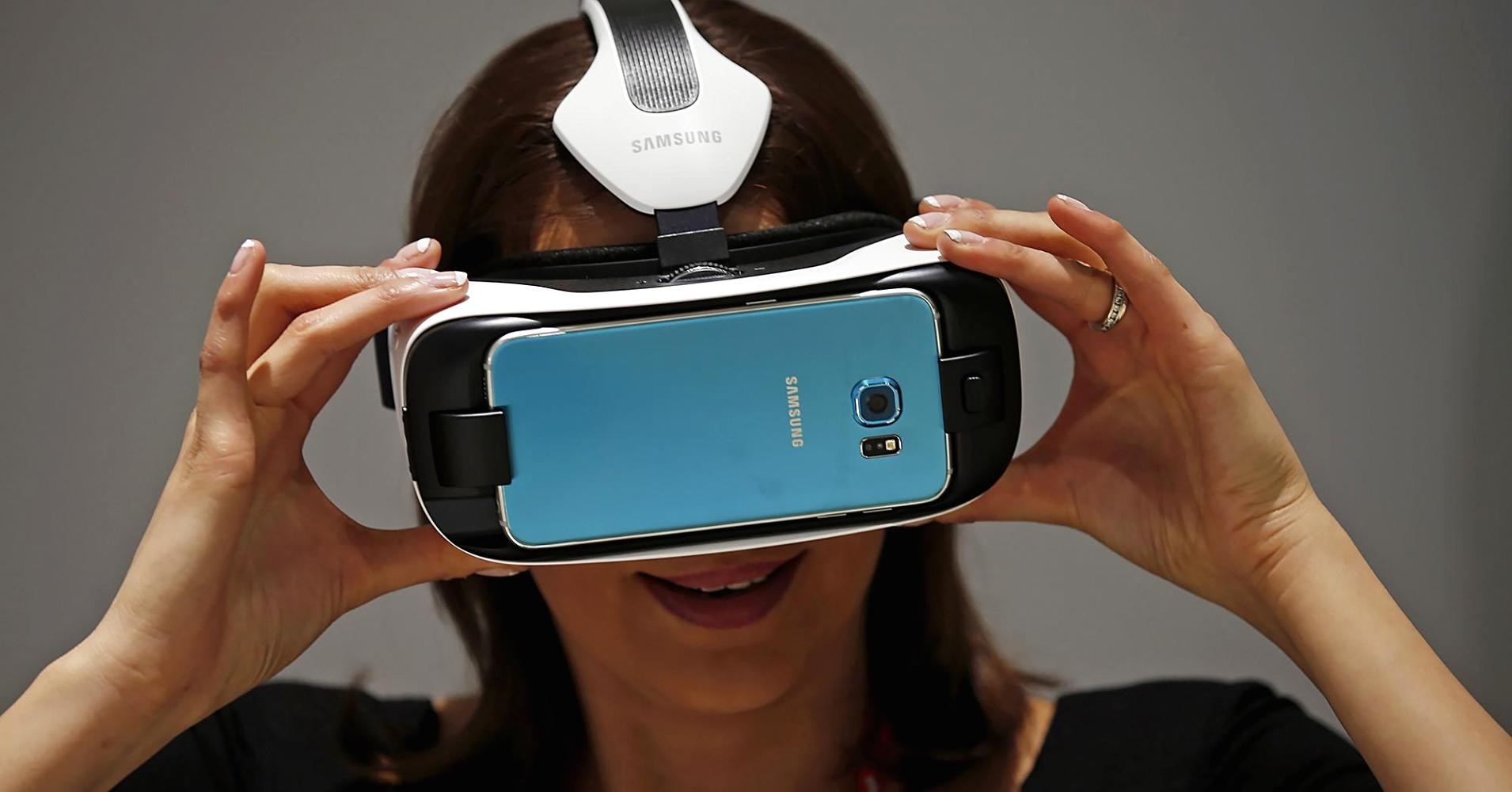Samsung лидирует в мировых продажах на рынке VR-устройств