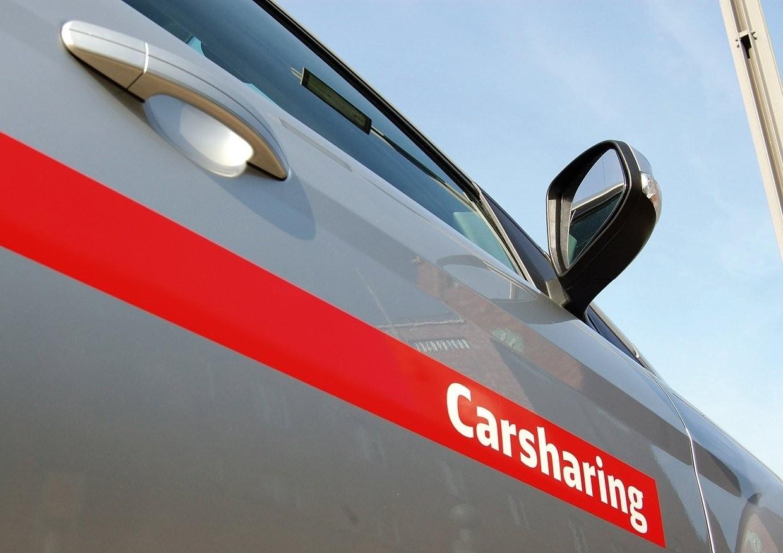 Wi-Fi планируют запустить вавтомобилях 2-х каршеринг-сервисов в столицеРФ