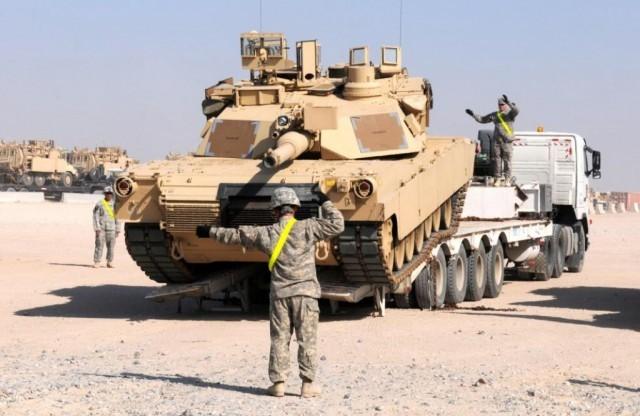 Американские танки, БМП ивездеходы прибыли вЛитву