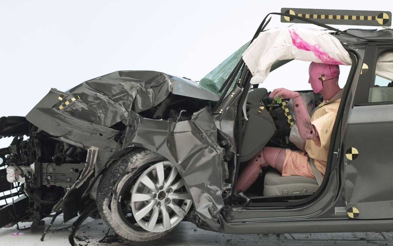 Для краш-тестов вавтомобили посадят «толстых пенсионеров»