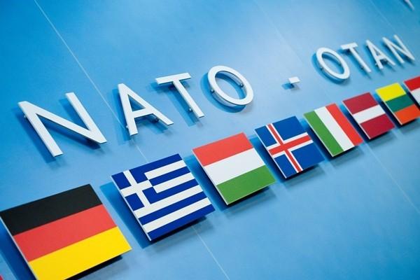 СМИ узнали оготовности Трампа принять Черногорию вНАТО