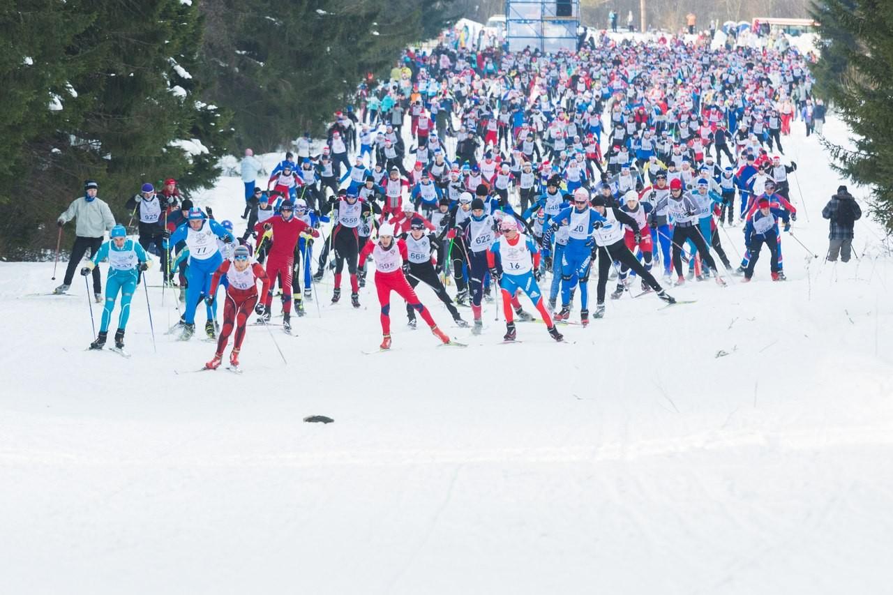 Путин: Гонка «Лыжня России» служит стартом кбольшим спортивным победам