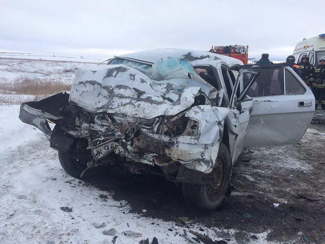 Натрассе «Саратов— Пенза» разбились 4 человека, втом числе младенец