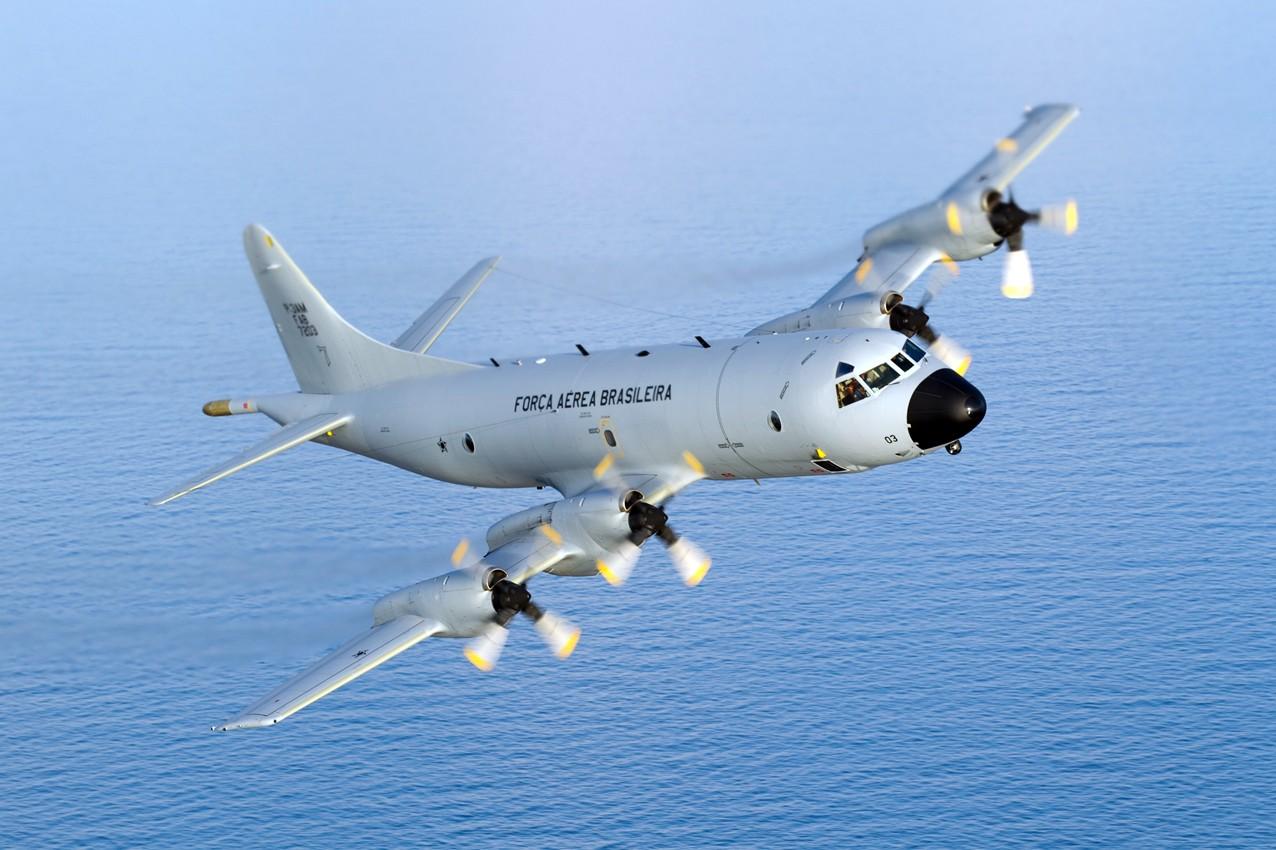 Военные самолеты Китайская народная республика иСША сблизились над Южно-Китайским морем