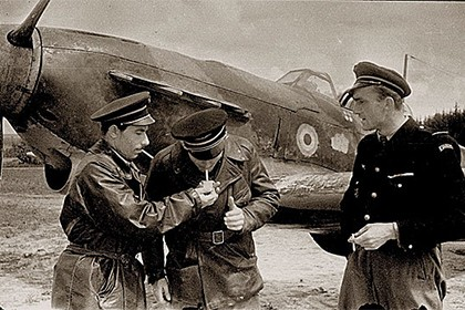 ВоФранции скончался последний пилот «Нормандии-Неман»