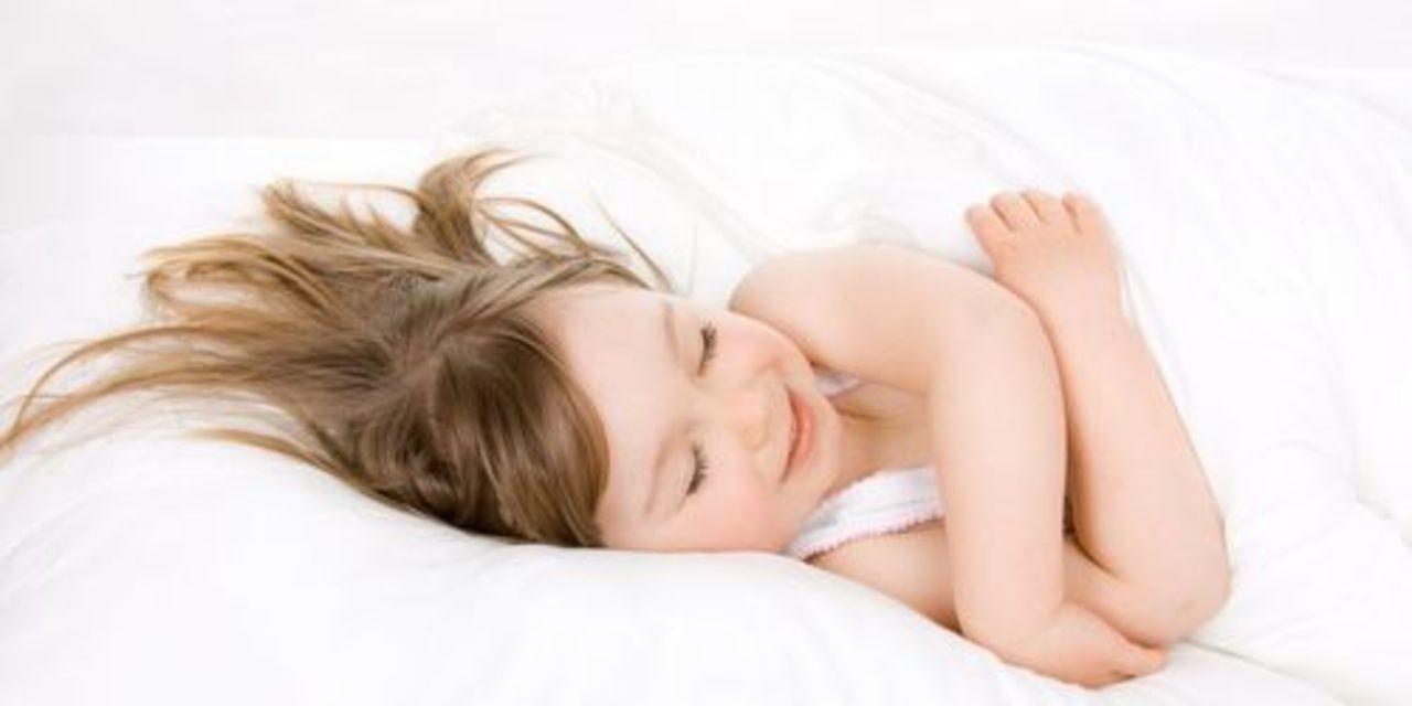 Ученые: дневной сон полезен для детей и рискован для взрослых