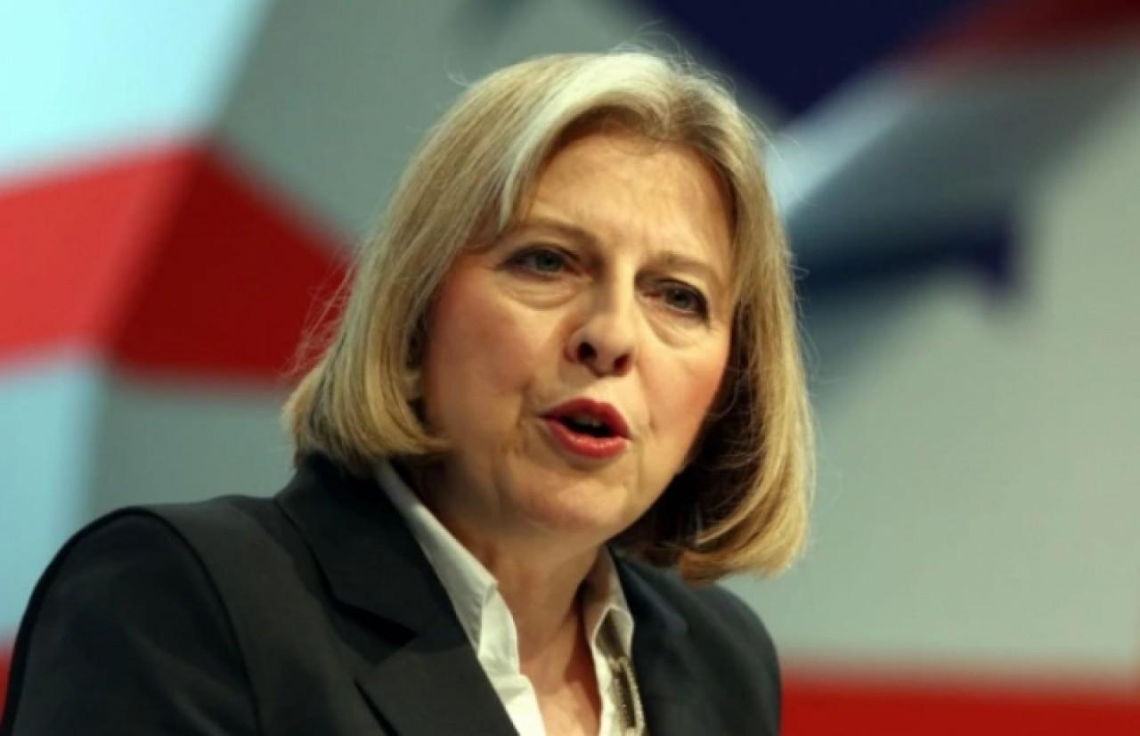 Мэй отвергла петицию против визита Трампа в Англию