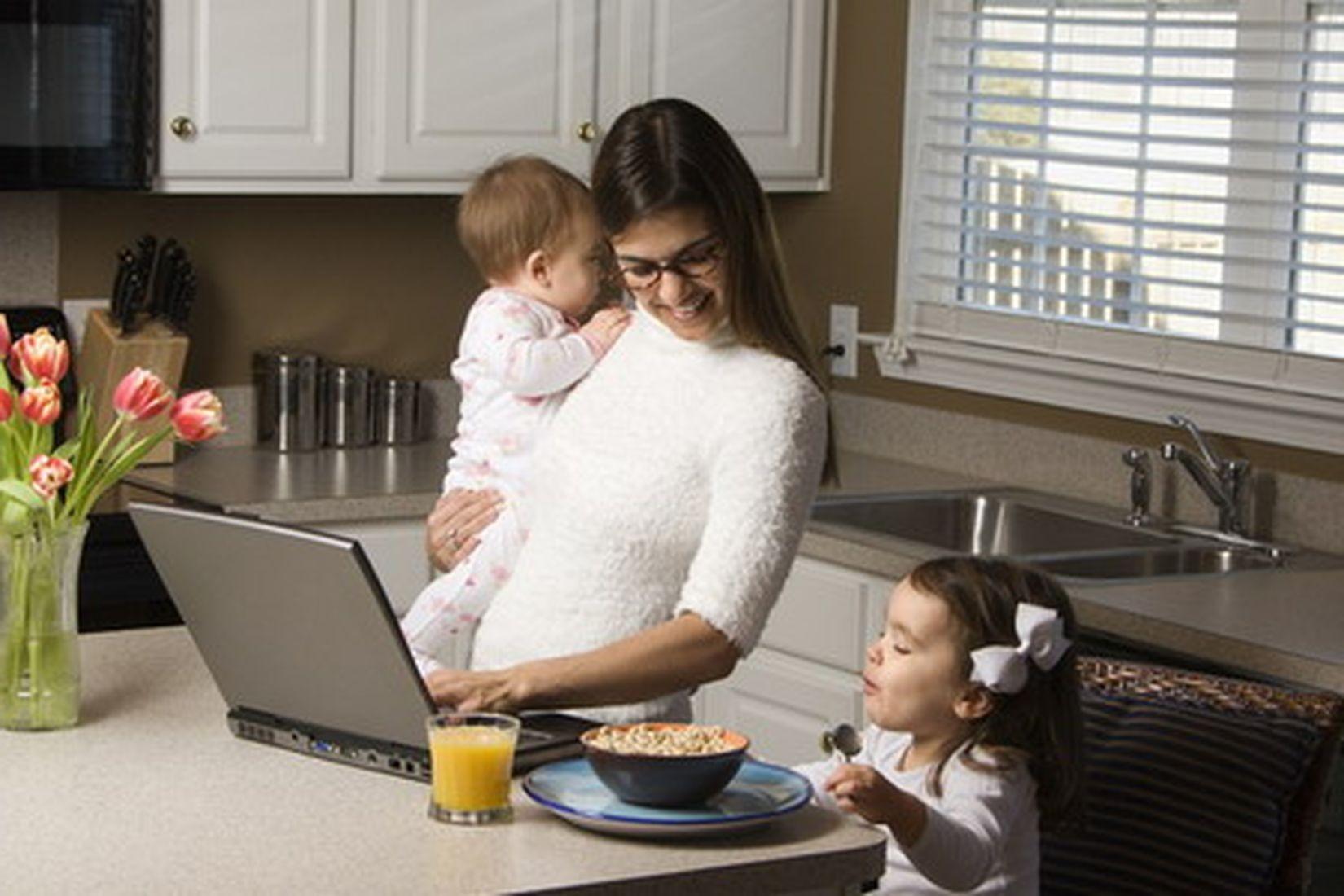 Работа дома увеличивает риск появления стресса ибессонницы— Ученые