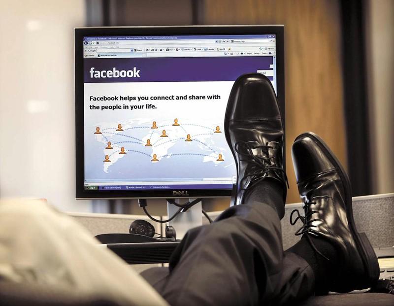 Социальная сеть Facebook переведет звук ввидеороликах врежим автовоспроизведения
