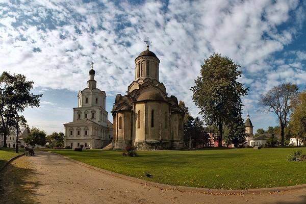 Минкультуры неполучало запрос отРПЦ обобъектах Андроникова монастыря