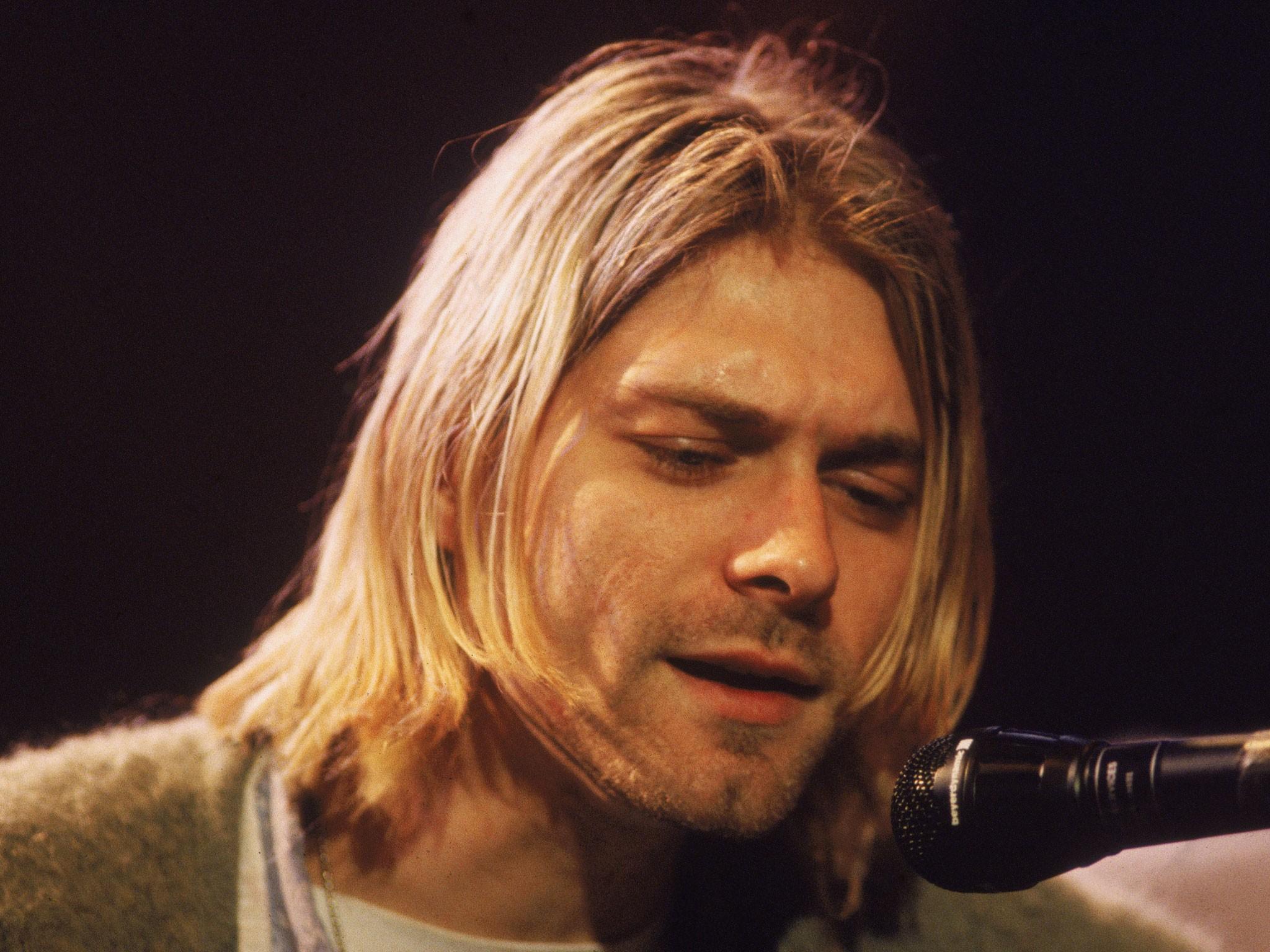 Наоткрытом аукционе реализуют последнюю гитару Курта Кобейна