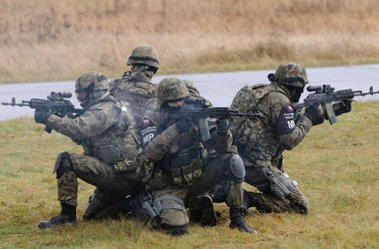 Тысяча военнослужащих США направится вПольшу
