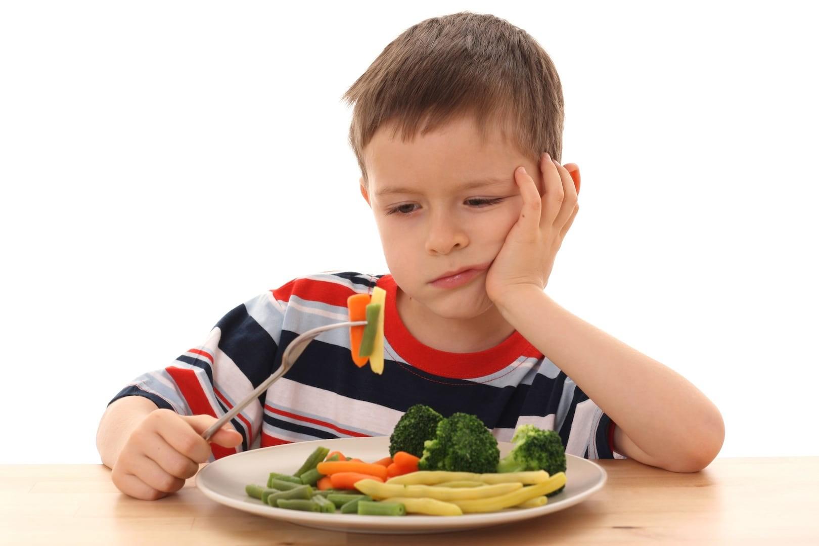 Детям нужно разрешать играть с пищей — Ученые
