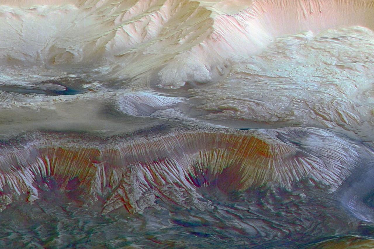Учёные пробуют спасти Марс отземных микробов