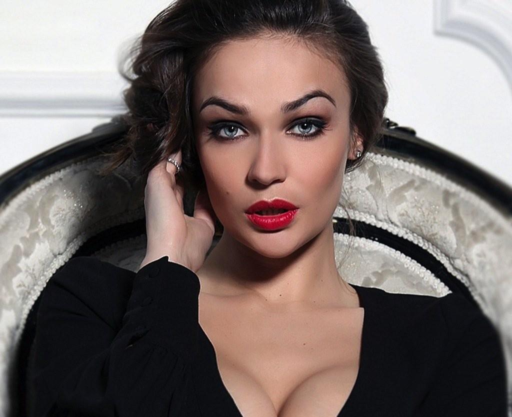 Алена Водонаева подтвердила слова экстрасенсов о неудачных беременностях
