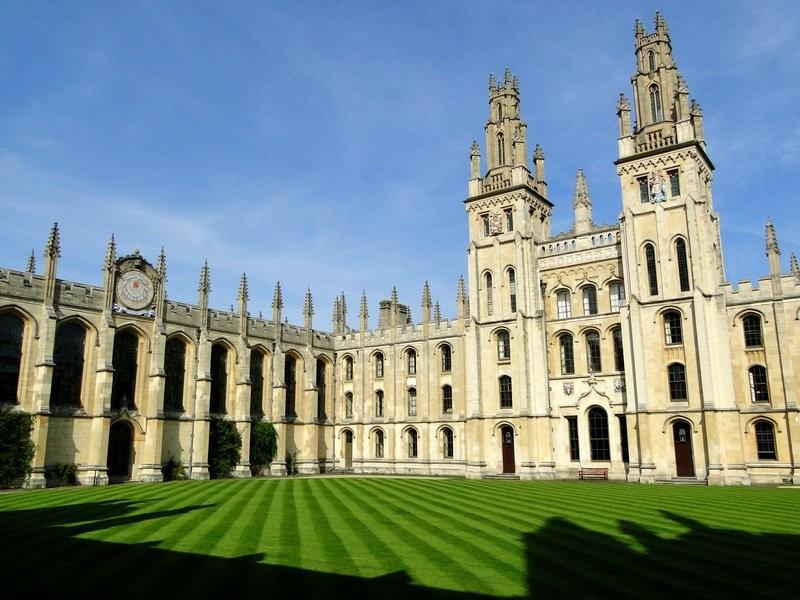 Ради денежных средств европейского союза Оксфордский институт может открыть филиал воФранции