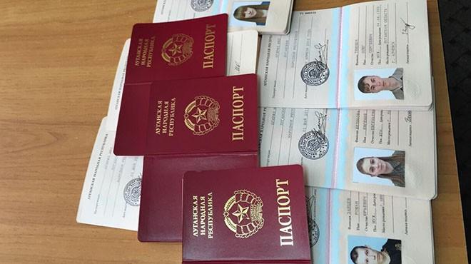 Париж выразил сожаление всвязи спризнаниемРФ паспортов ЛНР иДНР