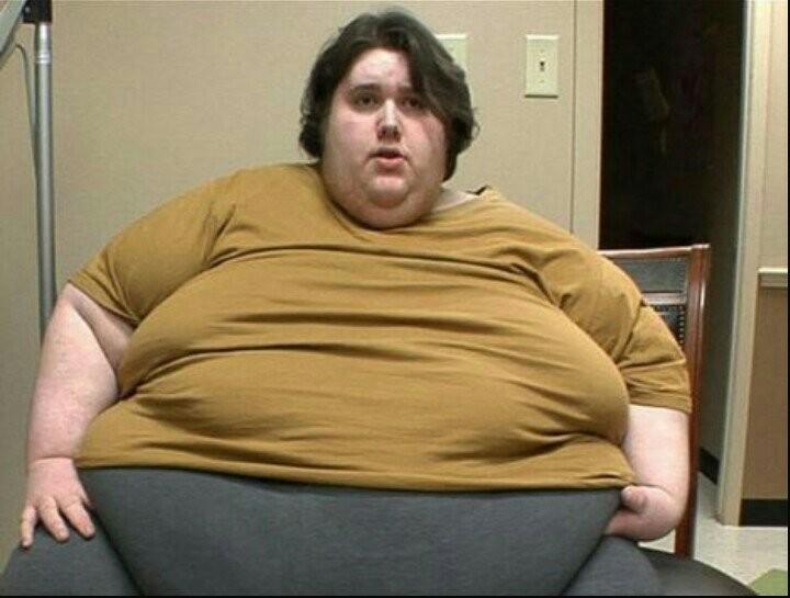 Профессионалы  рассказали, что ожирение всё больше грозит  русским  мужчинам