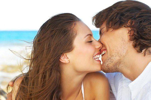 Ученые: поцелуи слюбимыми усиливают иммунитет